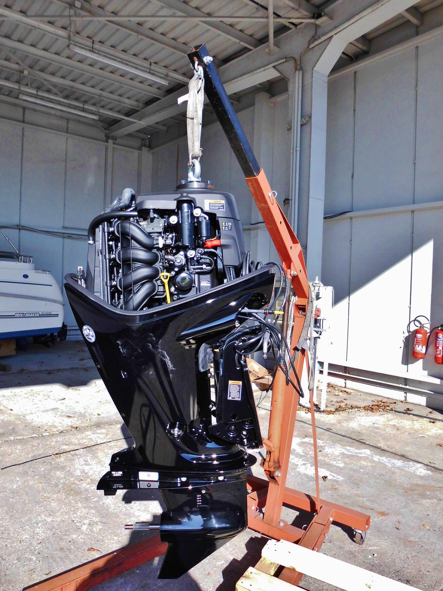 entretien d'un moteur hors-bord hivernage de bateau