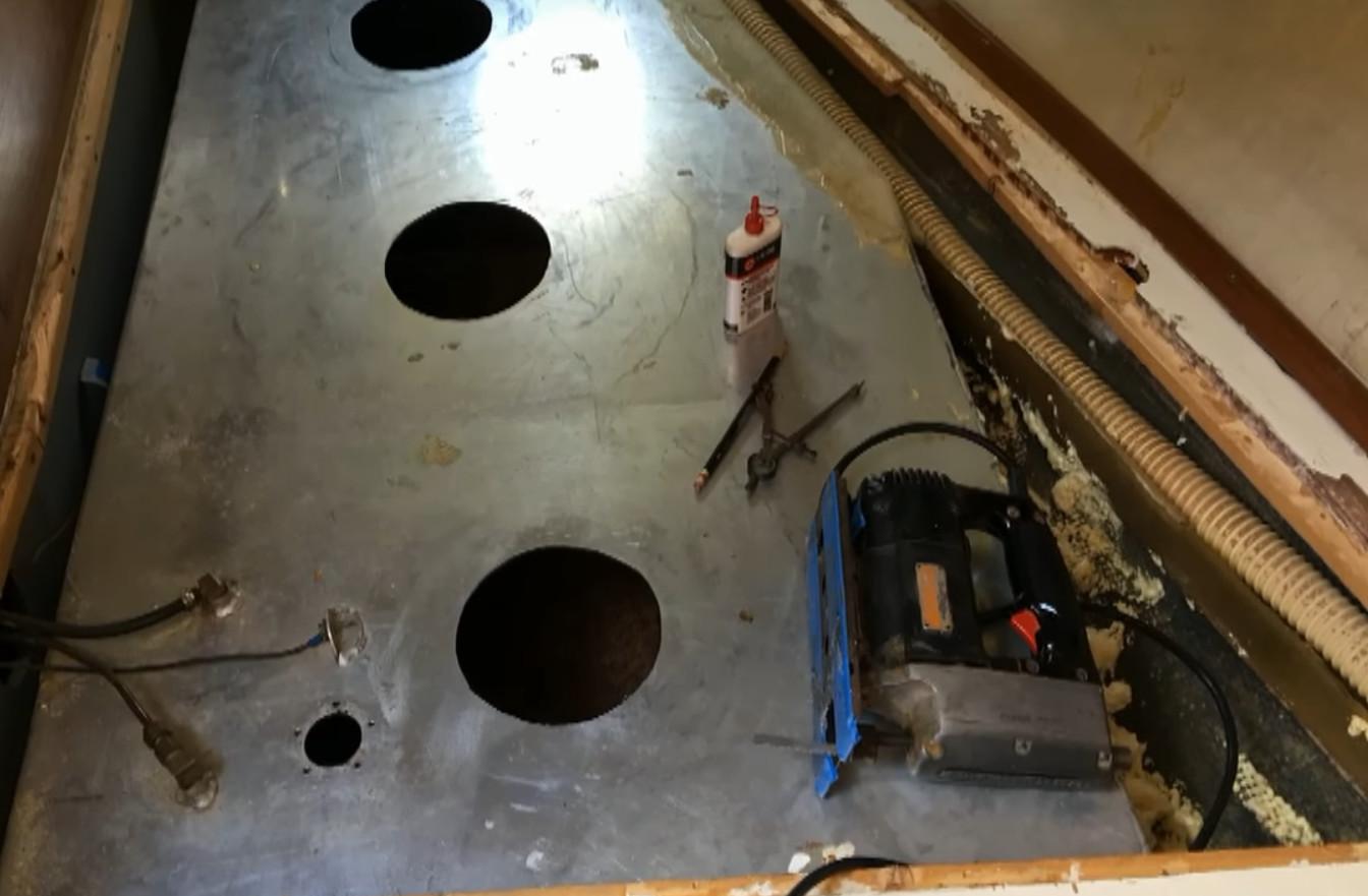 réaliser une trappe de visite sur un réservoir de carburant-2